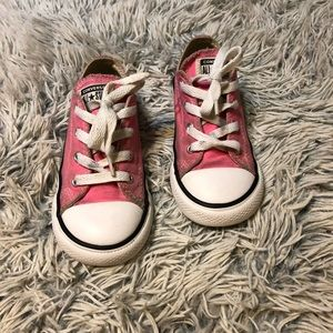 Pink Converse toddler low top